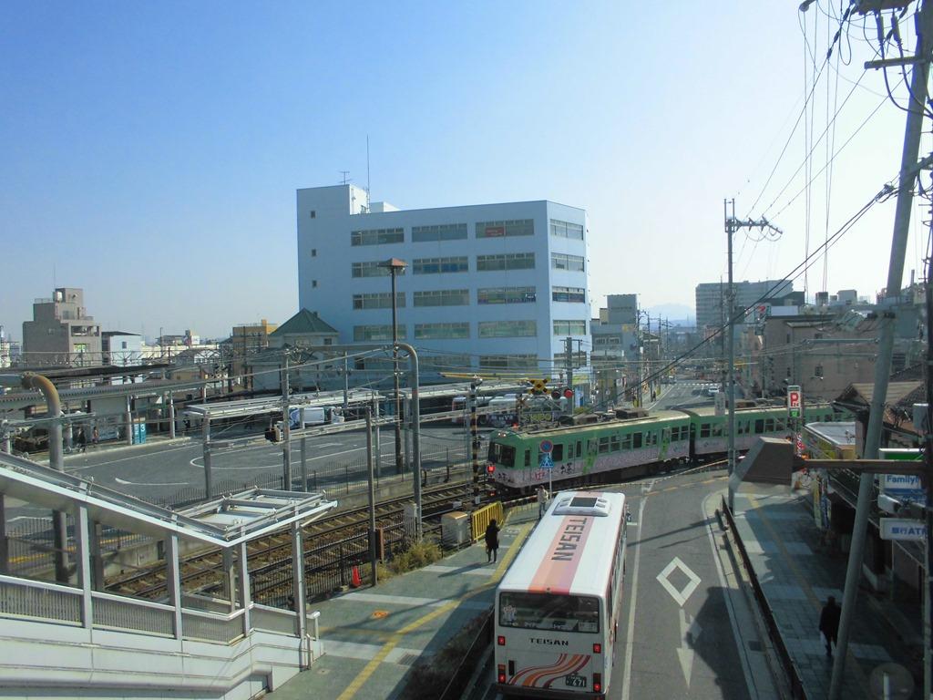 石山駅[JR西日本](滋賀県大津市...