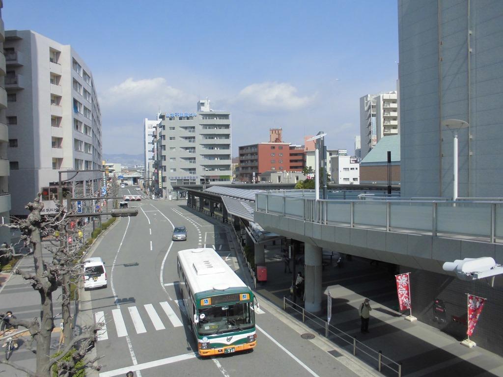 伊丹駅[阪急](兵庫県伊丹市)~長らく伊丹の代表駅であった ...