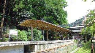 レトロ感が満喫できる鉄道駅へのいざない[2]:叡電鞍馬駅