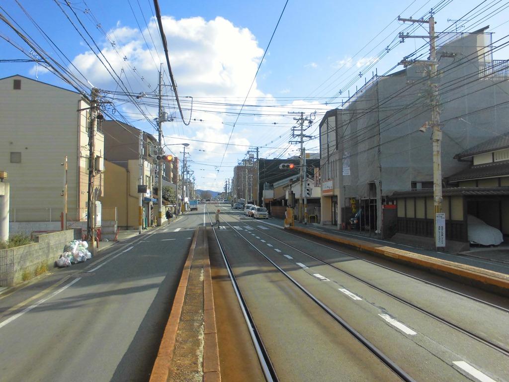 電車 地帯 路面 安全 意外と忘れがちな路面電車に関わる際の走行・追い越しに関する交通ルール