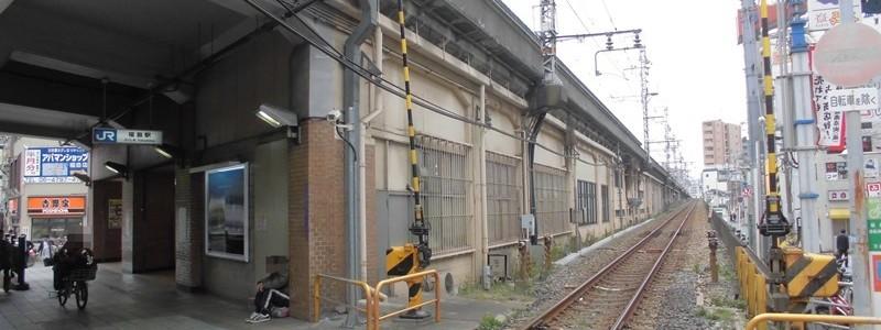 福島駅[JR西日本](大阪市福島区)~環状線の高架駅ながら、地上を走る特急電車と駅北側を走る東海道本線の姿も楽しめる「大阪府にある福島駅」~
