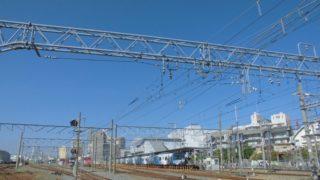 安治川口駅[JR西日本](大阪市此花区)~併設された大貨物ターミナルの雄大な光景が魅力的な、大阪環状線のルーツ・旧西成鉄道の初代終着駅~