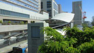 ユニバーサルシティ駅[JR西日本](大阪市此花区)~USJの非日常空間と貨物線の終端部擁する工業地帯とのギャップが魅力的な、近畿の駅百選認定駅~